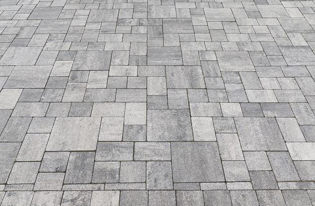 Kostka brukowa, a może granitowa lub betonowa?